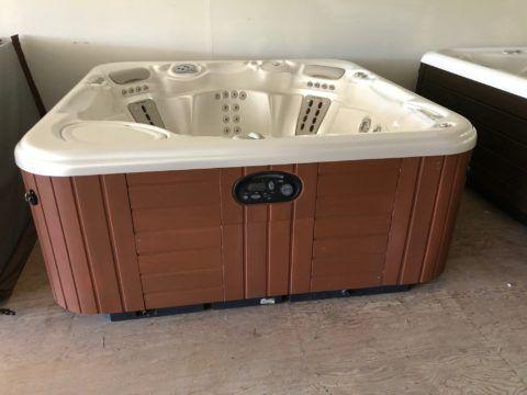 Clearance Hot Tubs - Spas Bay Area | Creative Energy